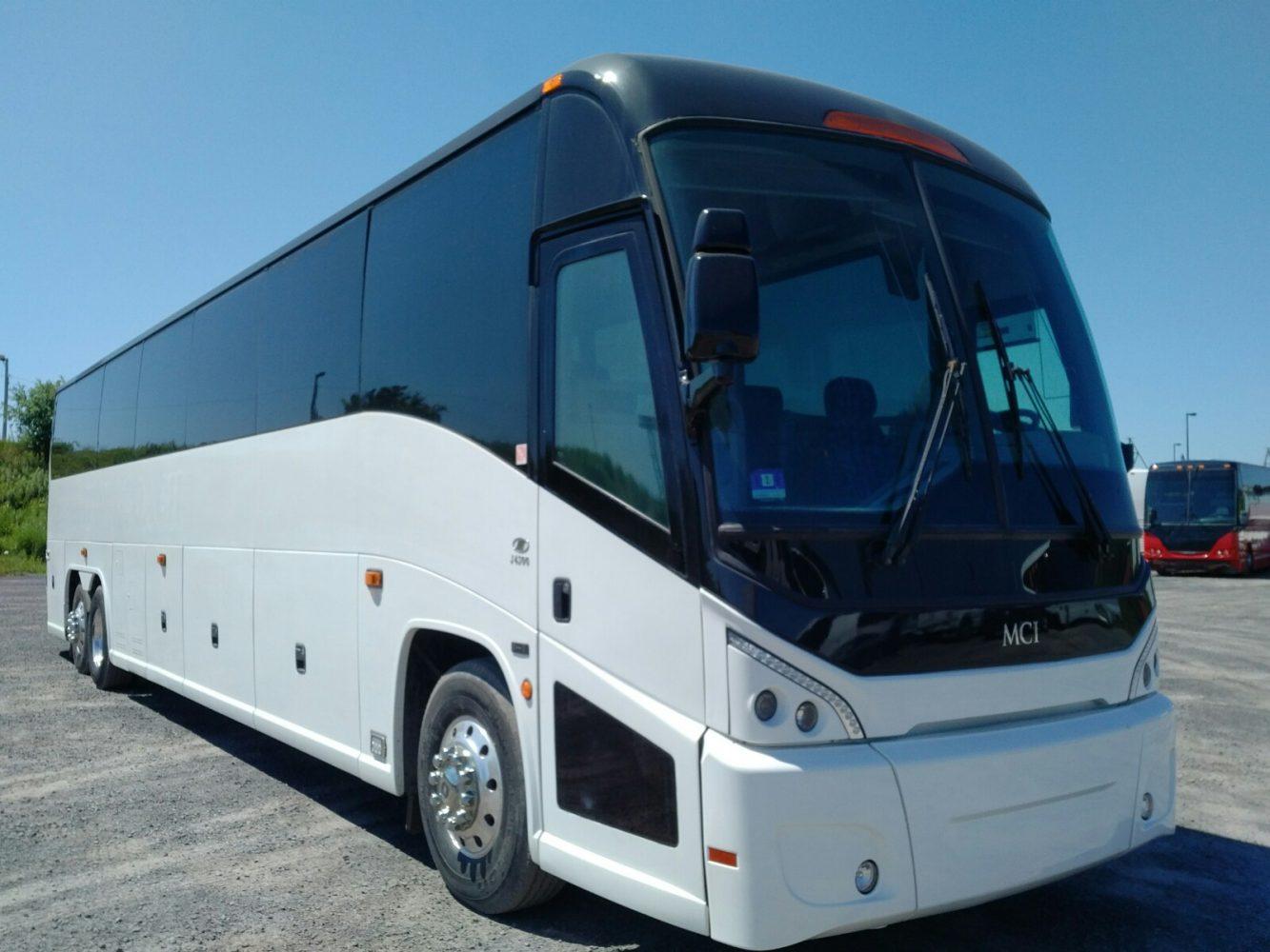 2006 J4500 · City View Bus Sales & Service