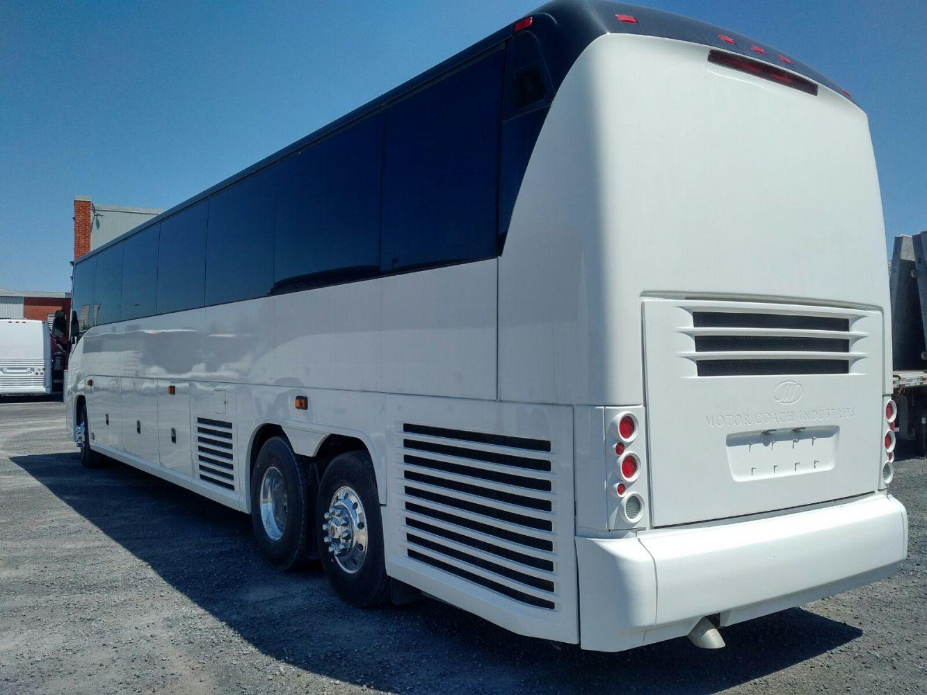 2007 J4500 MCI · City View Bus Sales & Service